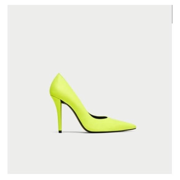 29ba595a5e0 6.5   Zara neon yellow high heel shoes NWT